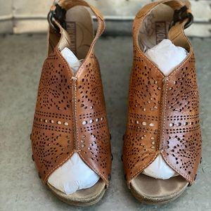 Pikolinos brown sandals size 41 (size 10)